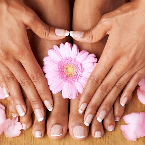 Herbal Natural Manicure & Pedicure